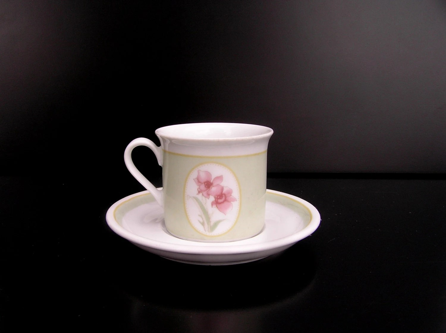 Small Coffee Cups And Saucers Vintage Bavaria Tea Cup Pastel Tea Cup Espresso Cup Mocca Cup Saucer Vintage Teacup Small Coffee Cup Bavaria German Tea Cup Floral Tea Cup