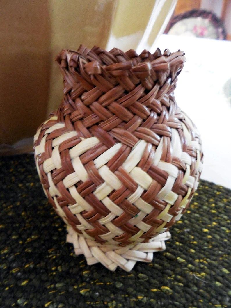 Tarahumara Libros Vintage Tarahumara Raramuri Woven Native American Folkart Folk Art Olla Pine Needle Basket Excellent Condition