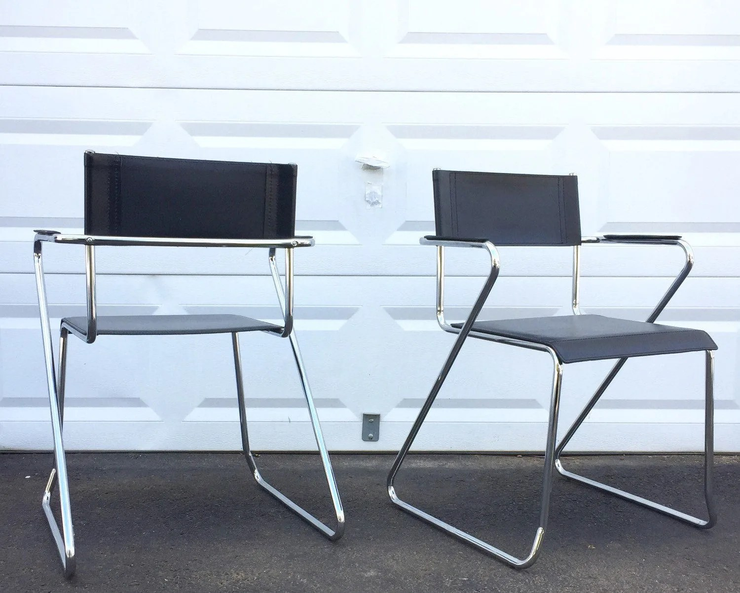 Set Of Mid Century Modern Leather And Chrome Dining Chairs