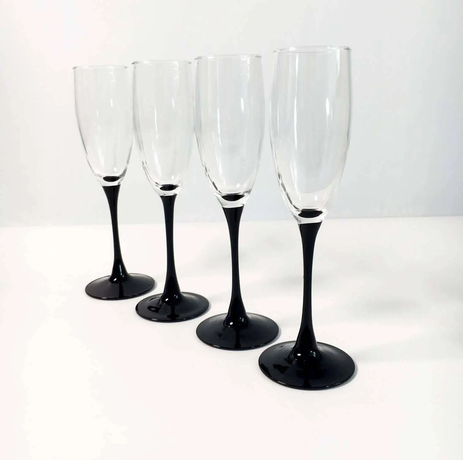 Luminarc Glass Vintage Set Of 4 Luminarc France Black Stemmed Champagne