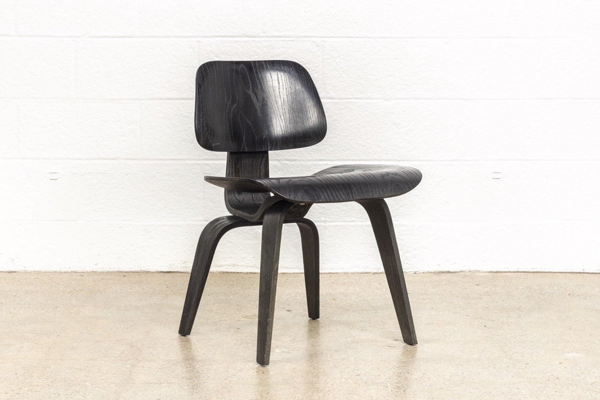 Charles Eames Stuhl Original Mid Century Eames Chair Original Vintage Eames For Herman Miller Black Aniline Dcw Dining Chair