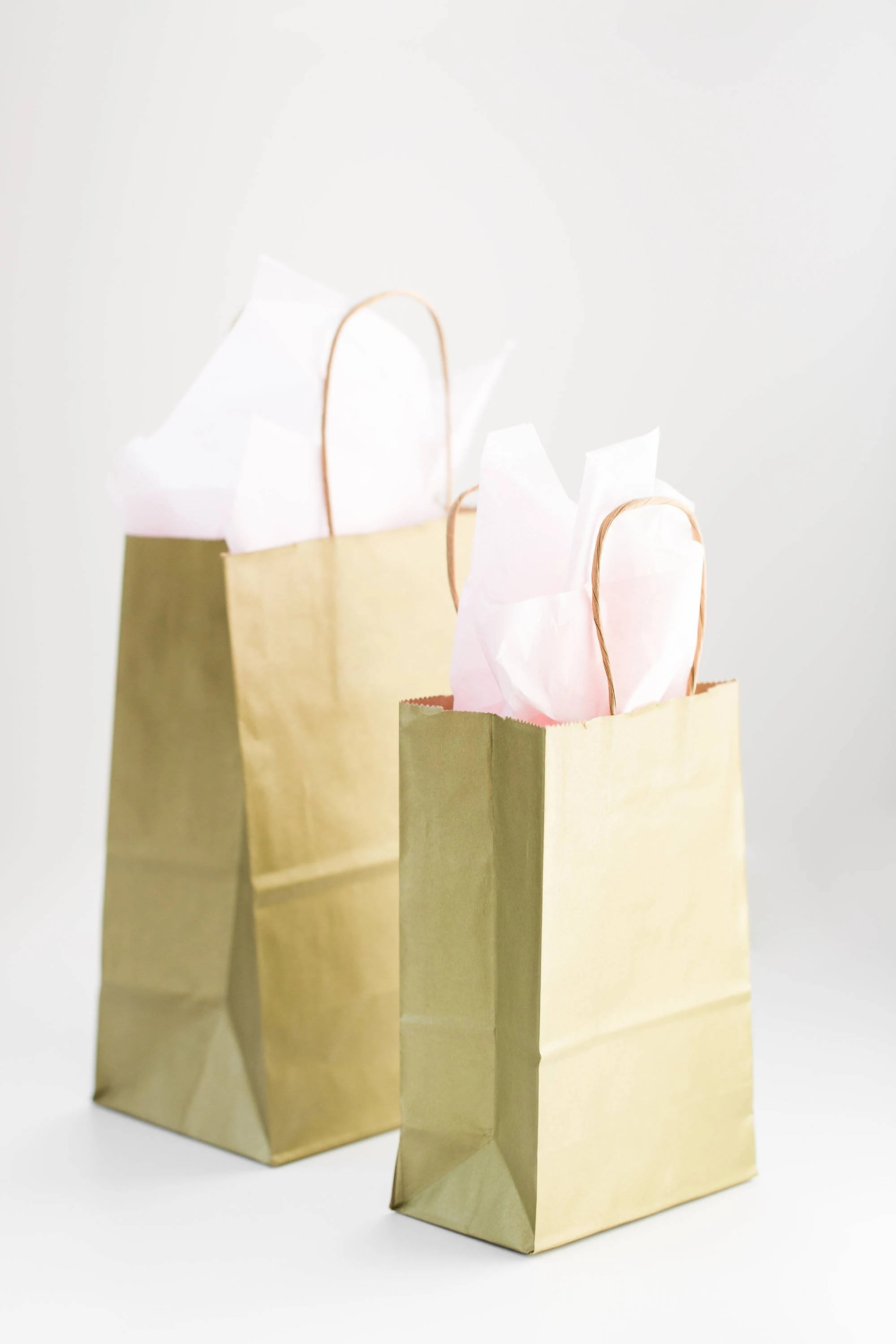 Paper Gift Bags Wholesale 75 Gold Gift Bags With Handles For Wedding Guests Welcome Bag Party Favor Bulk Wholesale Kraft Paper Bag In Metallic Gold
