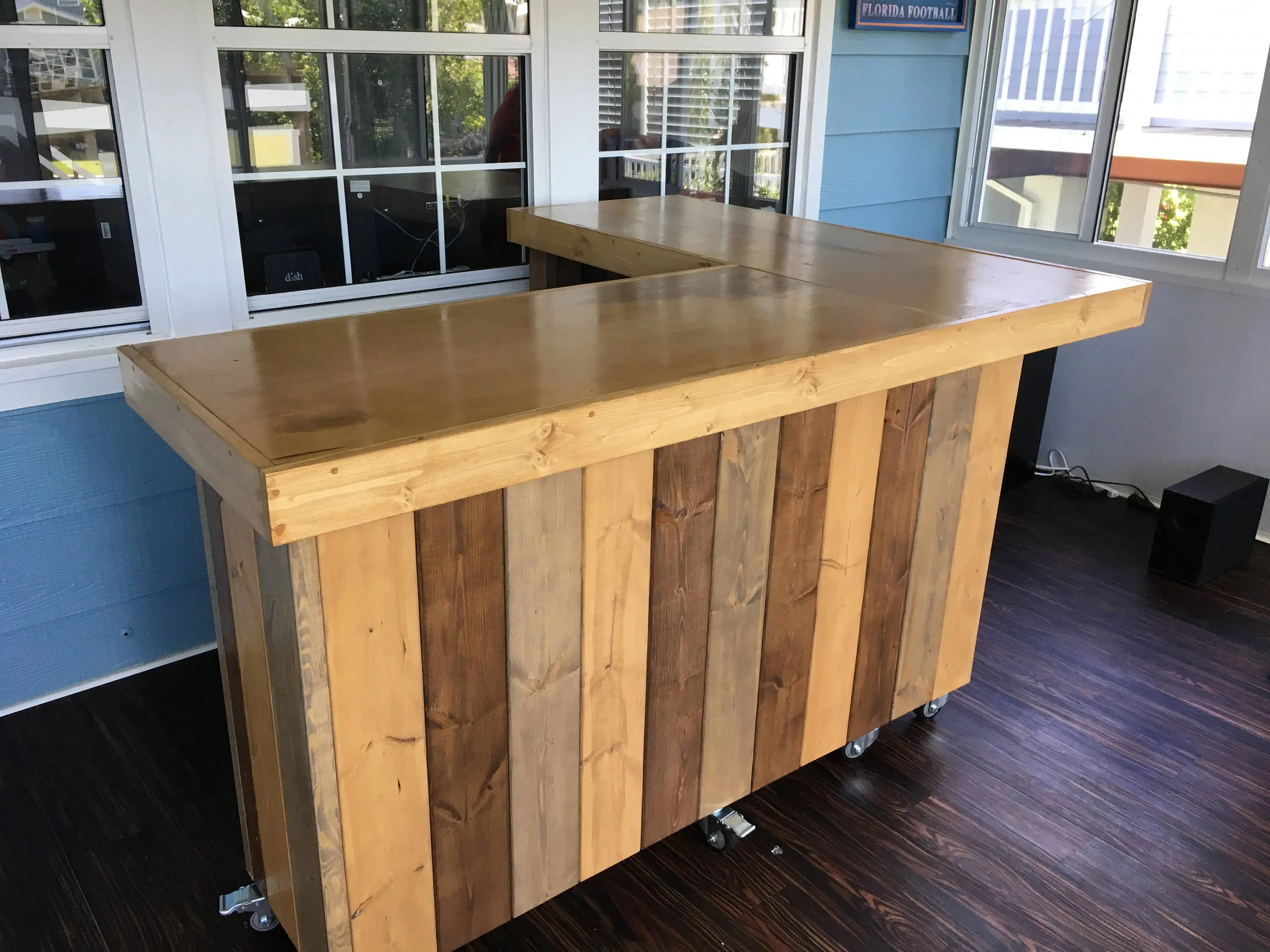 Rustic Style Bar The L Shaped Maggie Rustic Barn Wood Style Bar Sales Counter