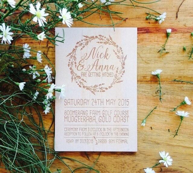 Wood wedding invitation - Timber wedding invitation - Vines Design