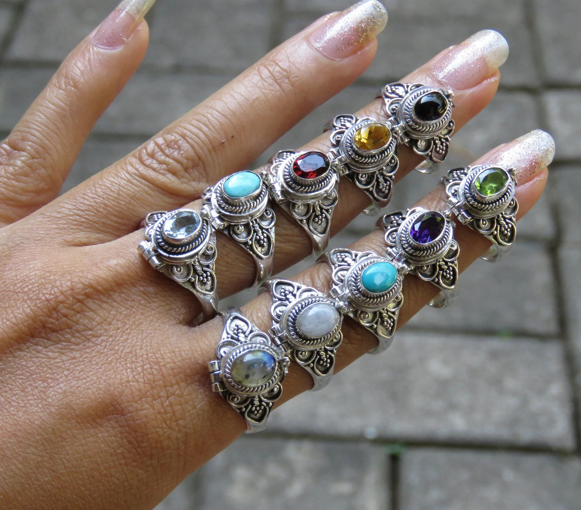 Wholesale Jewelry Bali Wholesale Lots 925 Silver 10 Assorted Gemstone Bali Style Locket Poison Rings Ssb 401