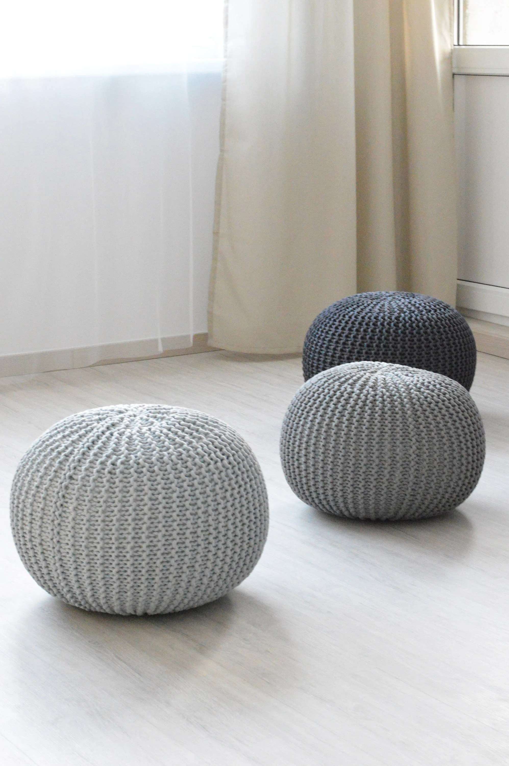 Bean Bag Footstool Knitted Pouf Stuffed Handmade Floor Cushion Bean Bag Hassock Chair Footstool