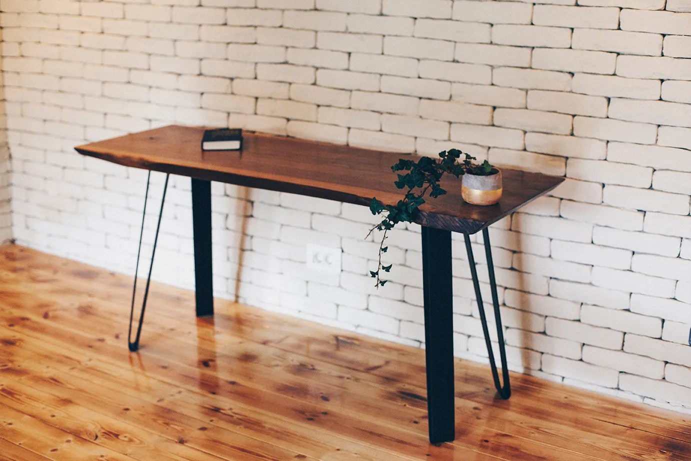 Long Wood Desk Reclaimed Wood Furniture Live Edge Desk Living Room Table Rustic Desk Dorm Furniture Wooden Decor Walnut Desk Live Edge Furniture