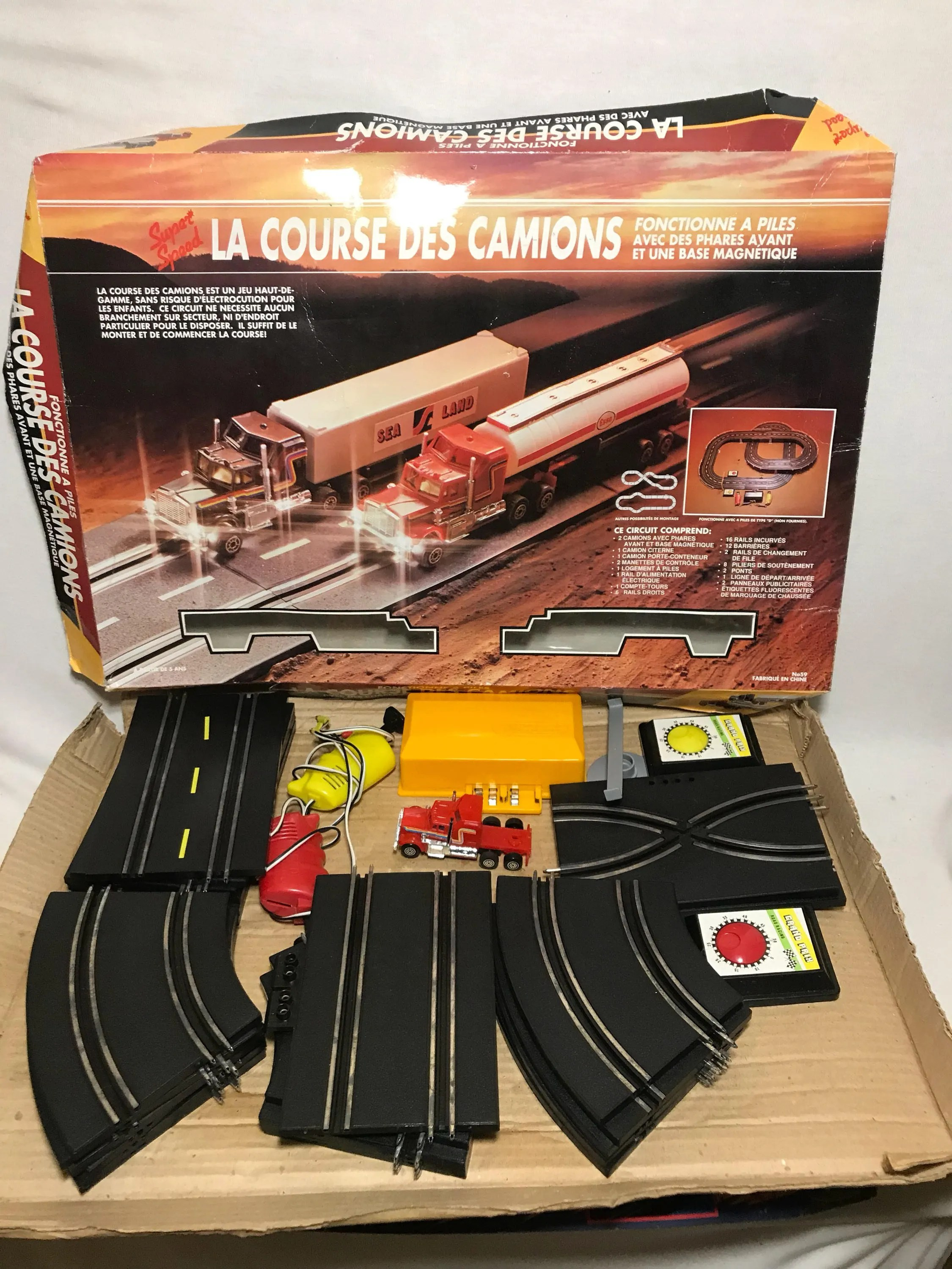 Box Particulier Game Box Original Vintage Old Cars Race Circuit