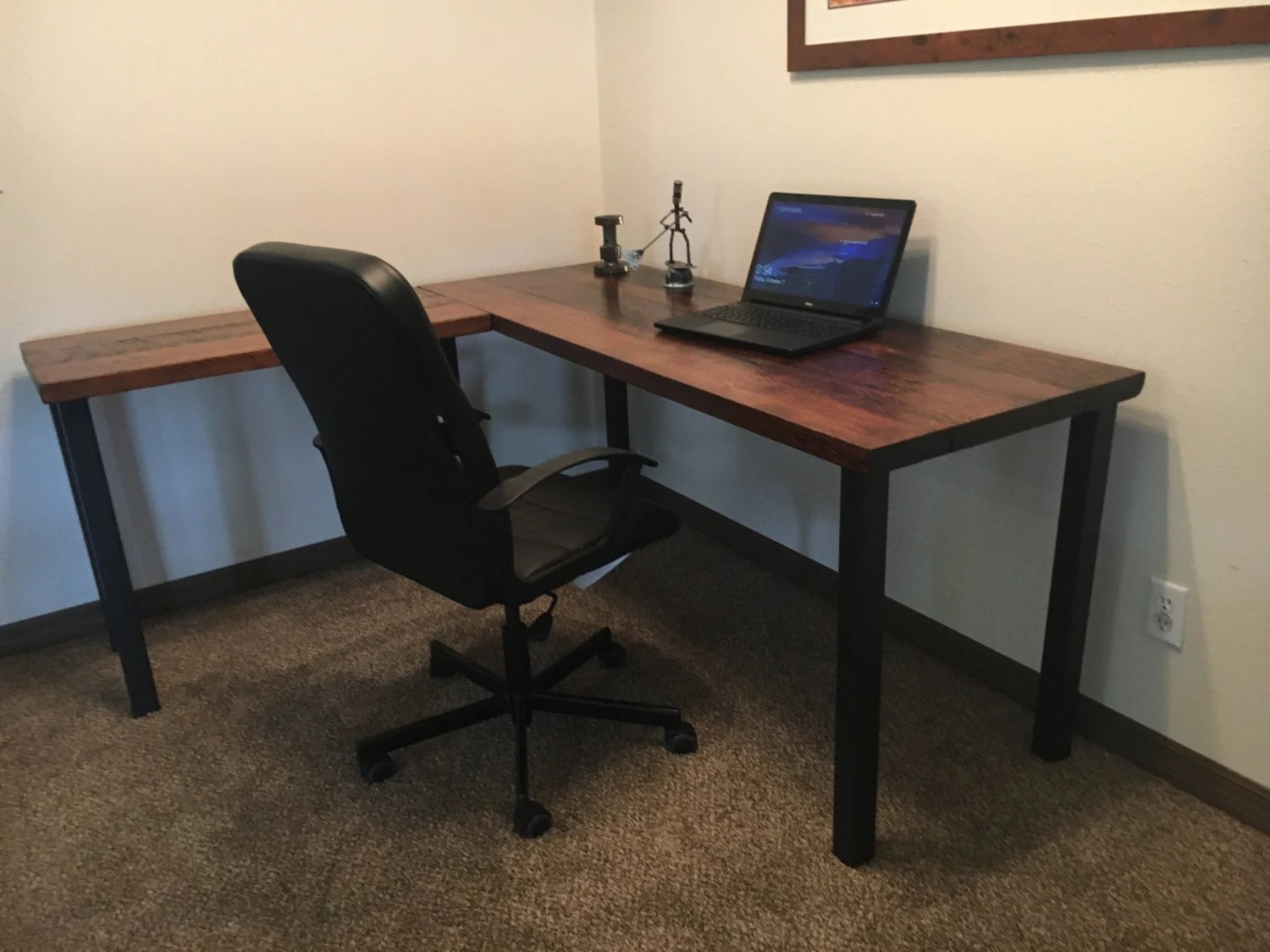 Executive L Shaped Desk L Shaped Desk Reclaimed Wood Desk Old Rustic Desk Industrial Desk Executive Desk Wood And Metal Desk Corner Desk Post Leg Desk