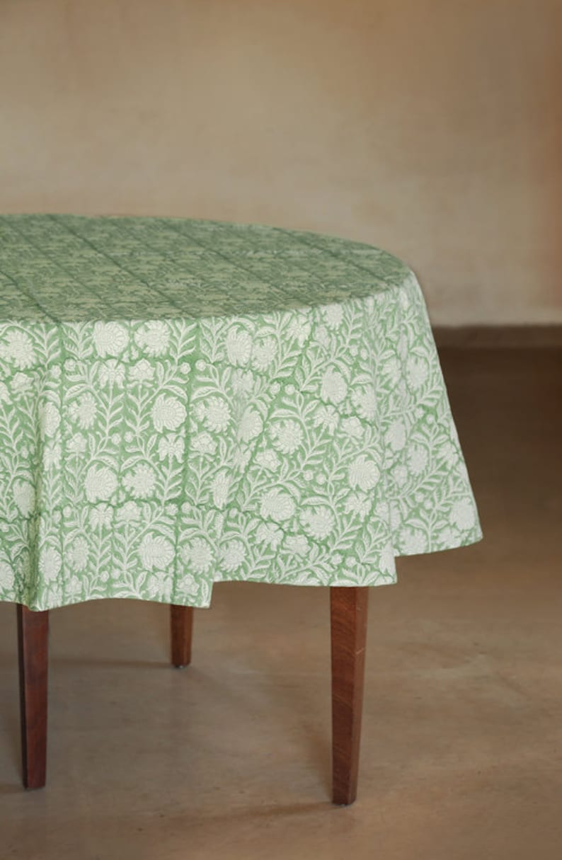 Tafelloper 30 Cm Round Green Floral Tablecloth Boho Tablecloth Tablecloth Tablecloths Table Cloth Tafelkleed Indian Tablecloth