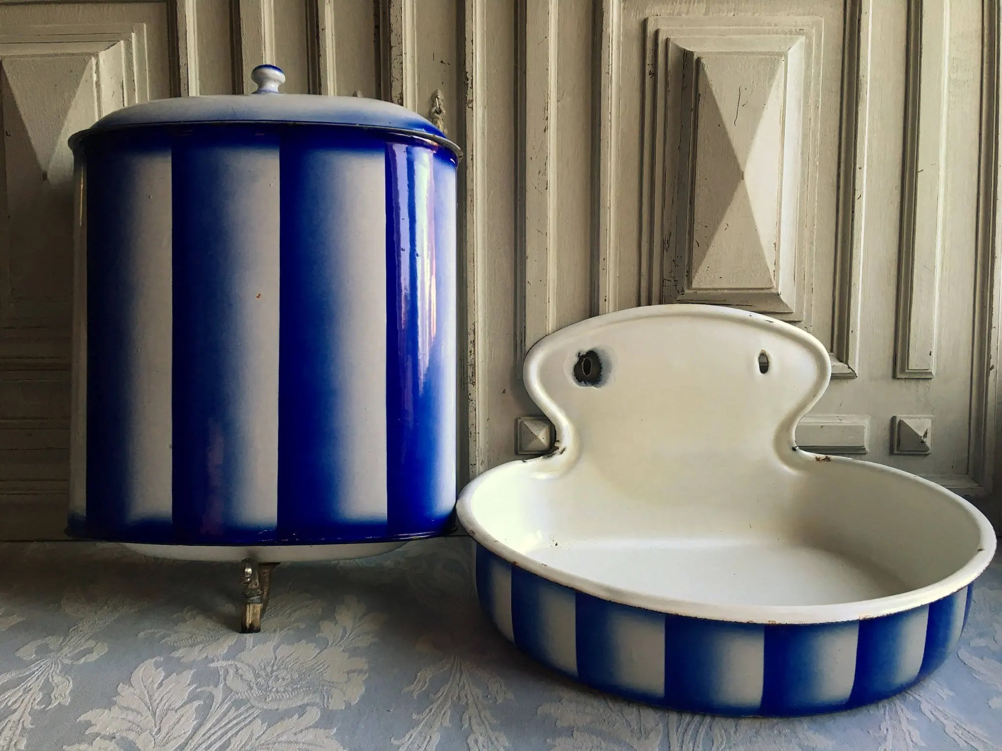 Lavabo Shabby Chic Enamel Fountain Antique French Lavabo Navy Blue White Stripes Garden Bathroom Basin Water Faucet Tap Ultramarine Blue 1930 S Country Kitchen
