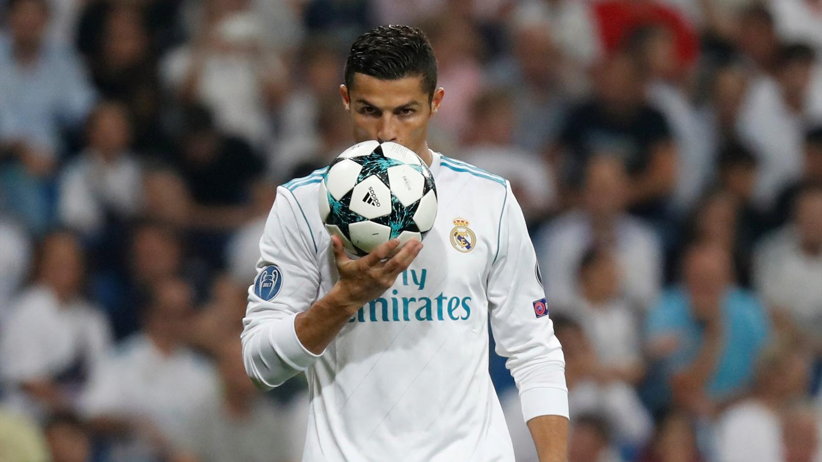 3d Golf Wallpaper For The Home Zinedine Zidane Real Madrid Forward Cristiano Ronaldo Is