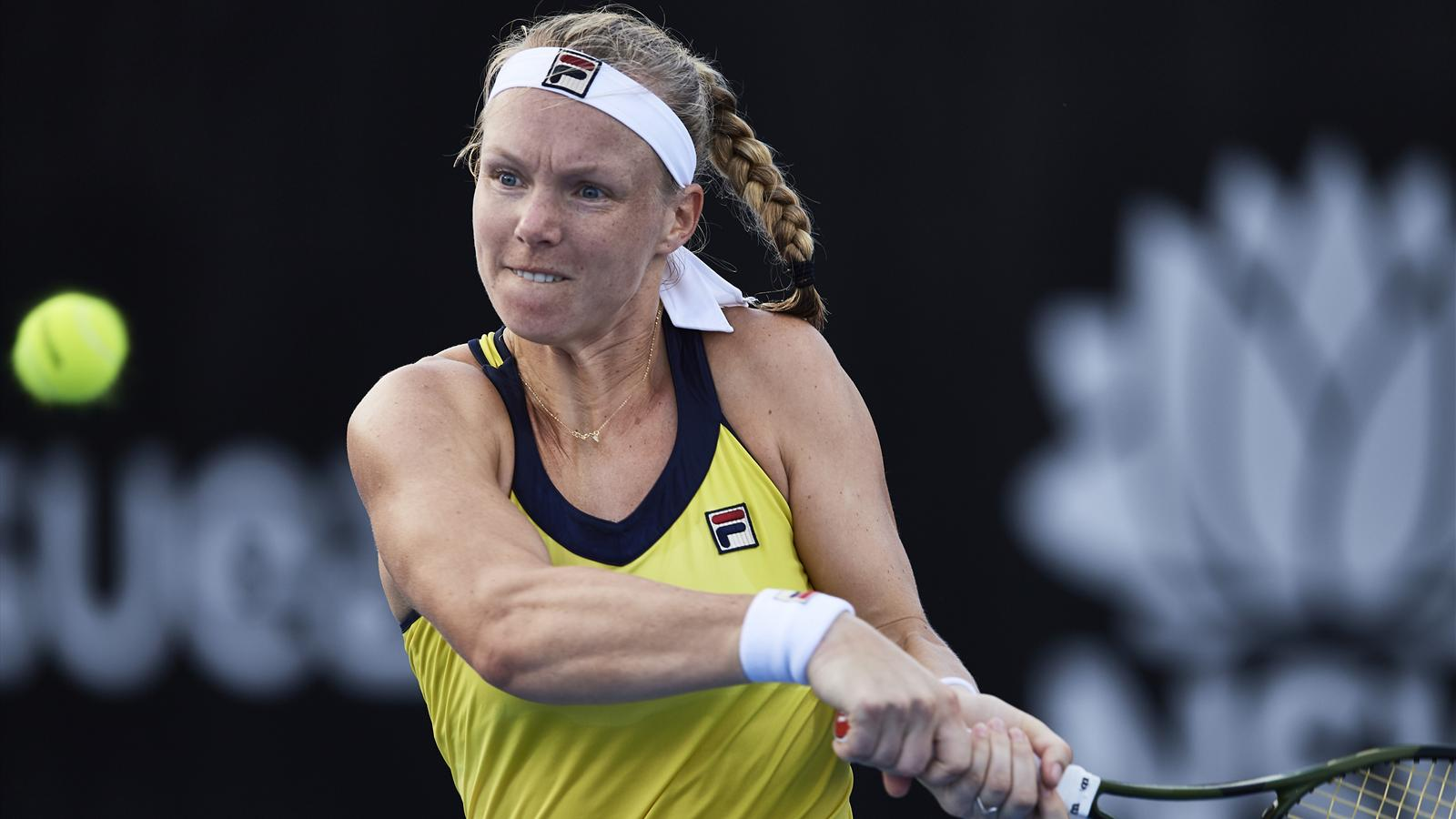 Tennis News Kiki Bertens Grinds Down Bernarda Pera In