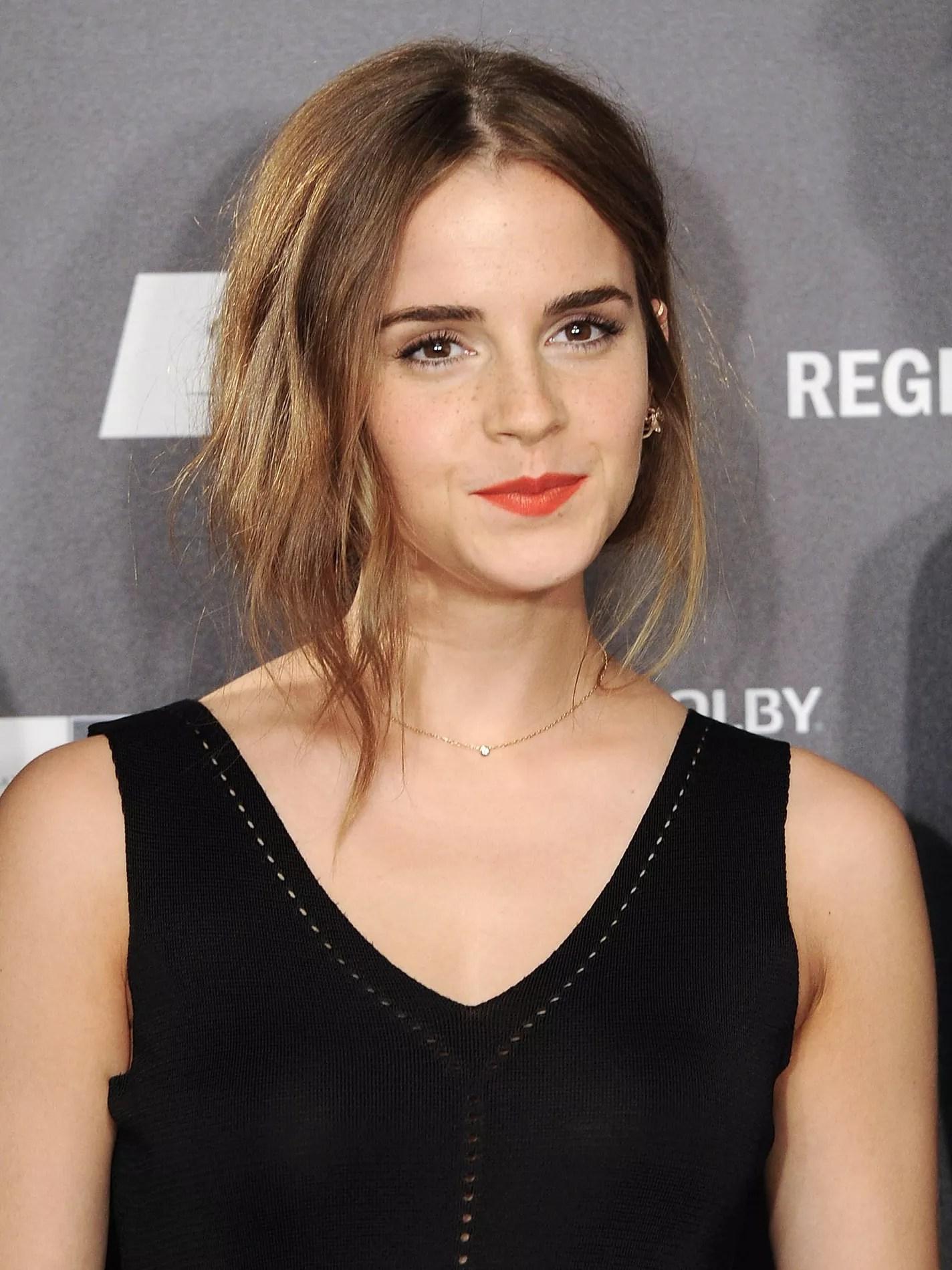 Shelf Wallpaper Iphone Emma Watson Et Son Club De Lecture F 233 Ministe Madame Figaro