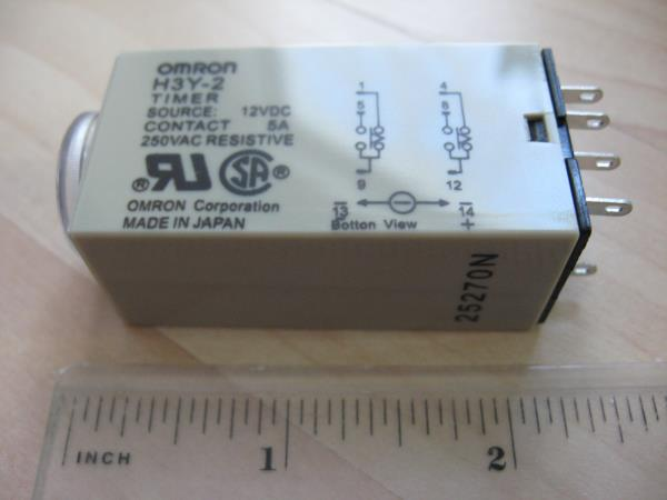 Omron Delay-On Time Relay Timer 1~30sec 2-Pole 12VDC H3Y-2 w/ Socket