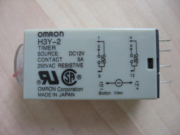 Omron Delay-On Timer Time Relay 2~60sec 2-Pole 12VDC H3Y-2 w/ Socket