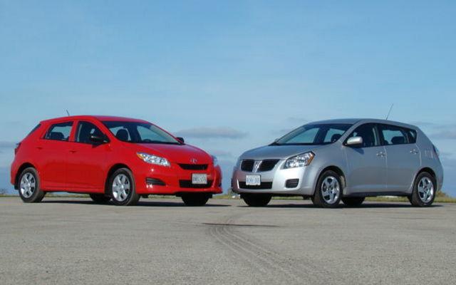 Pontiac Vibe vs Toyota Matrix Six of one, a half-dozen of the