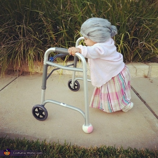 Image from   ihuffpost/gadgets/slideshows/320556 - 1 year old halloween costume ideas