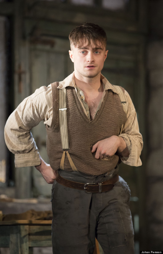 Underdog Quotes Wallpaper The Cripple Of Inishmaan Review Daniel Radcliffe S Raw