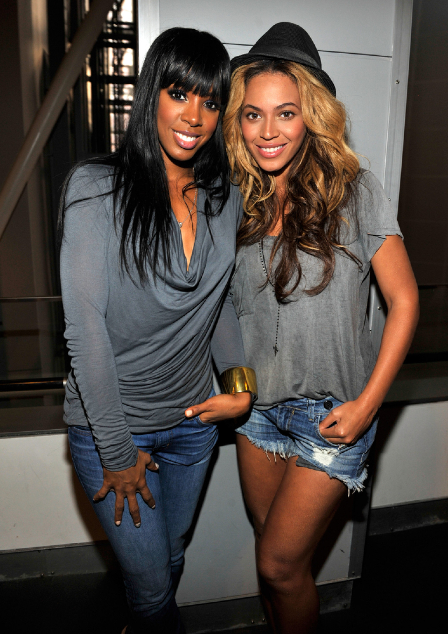 Kelly Rowland And Beyonce Sisters