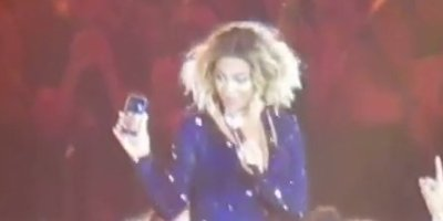 Beyonce FaceTimes With Fan During Adelaide Concert | HuffPost