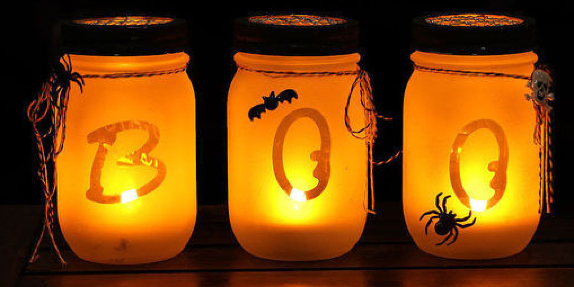 Halloween Chic 10 Spooky Chic Halloween Decorations Huffpost