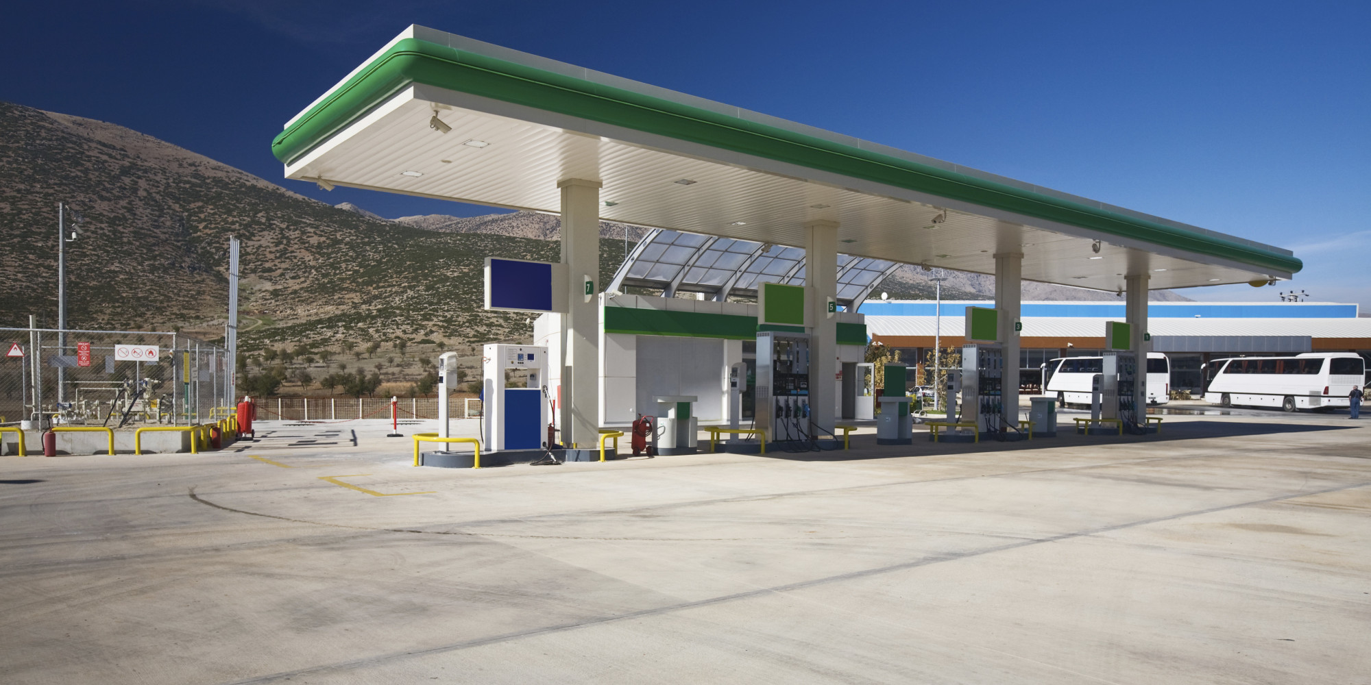 Gasoline Stations Why Hydrogen Fuel Will Only Get Greener Huffpost