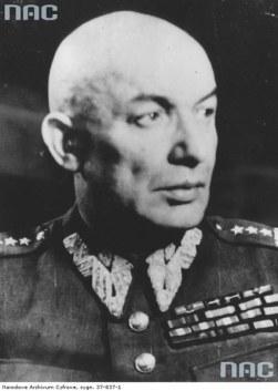 Znalezione obrazy dla zapytania karol świerczewski