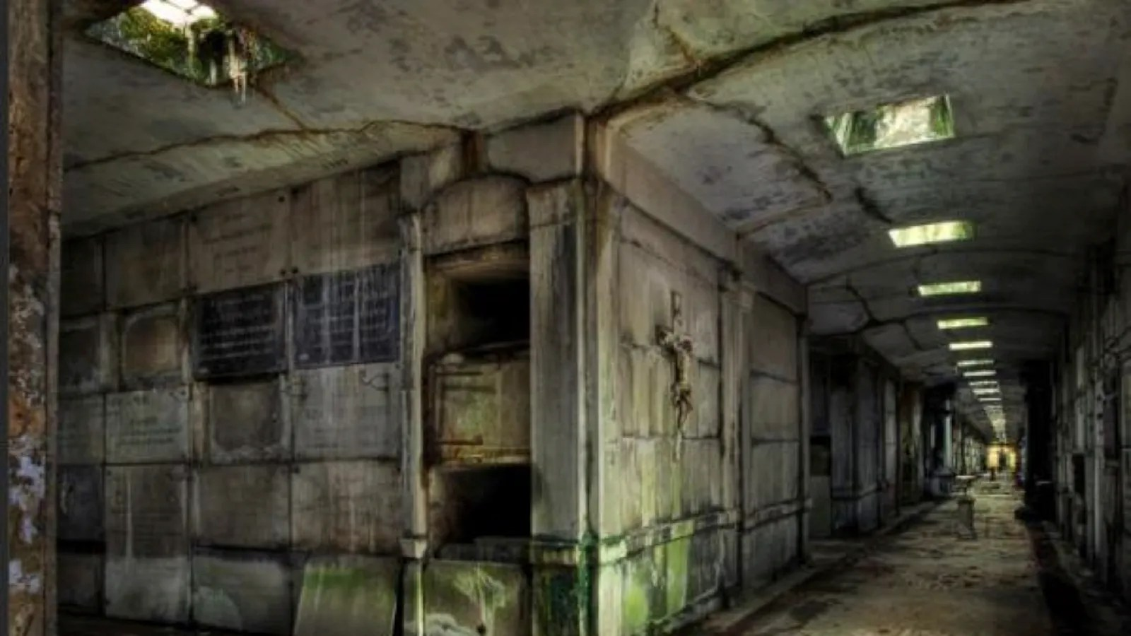 Haunted Movie This Abandoned Tomb In Belgium Would Be The Perfect Set