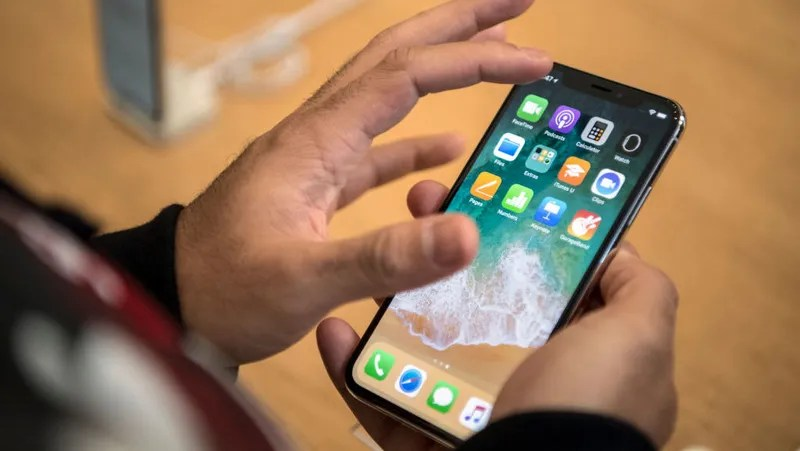 Iphone X Notch Wallpaper App The Iphone X Gestures You Should Master