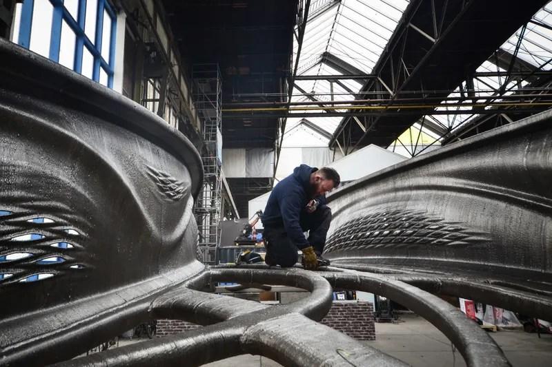 The First 3D-Printed Steel Bridge Looks Like It Broke Off an Alien
