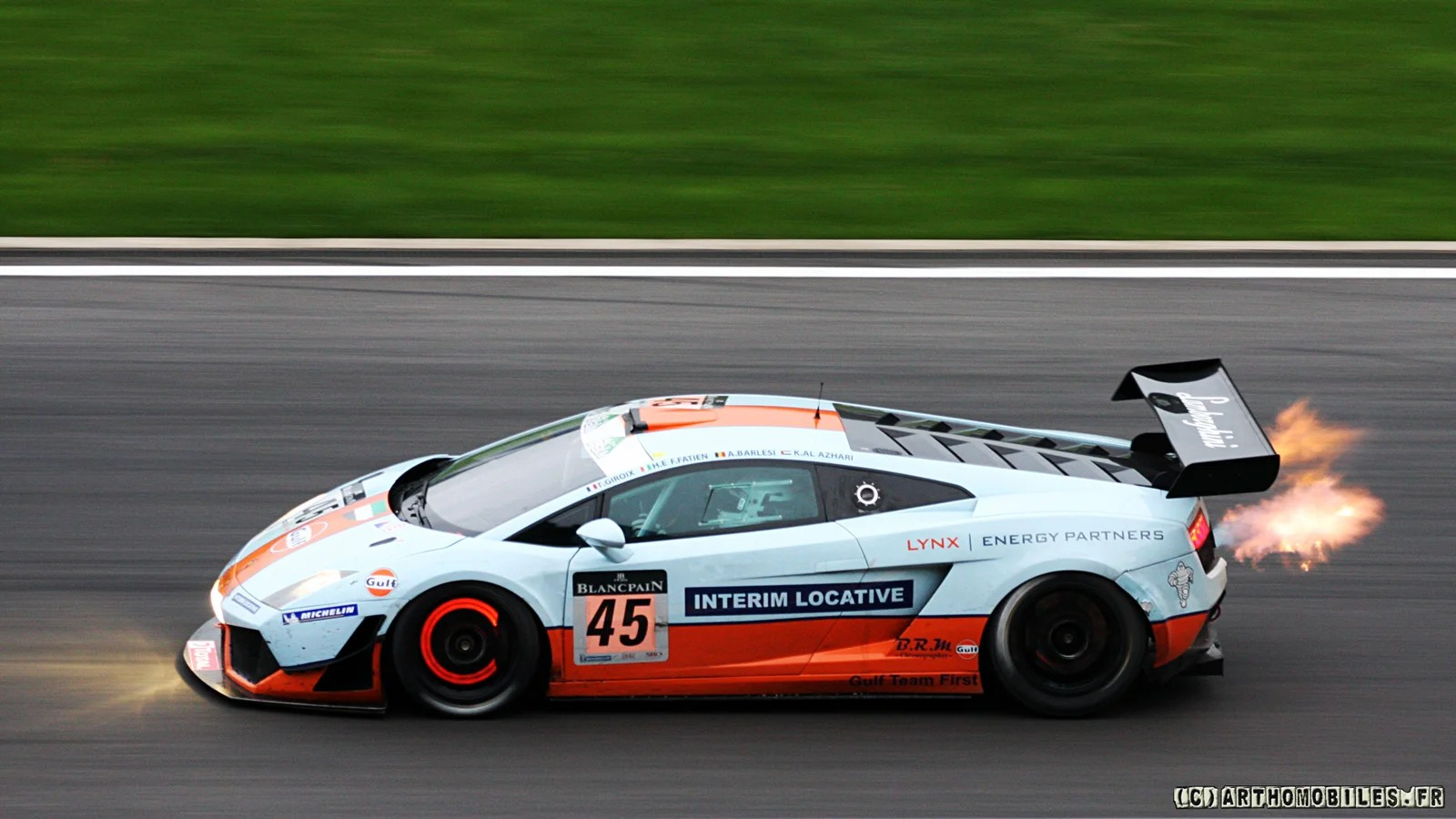 Car Racing Flag Wallpaper Your Ridiculously Cool Gulf Oil Lamborghini Wallpaper Is Here