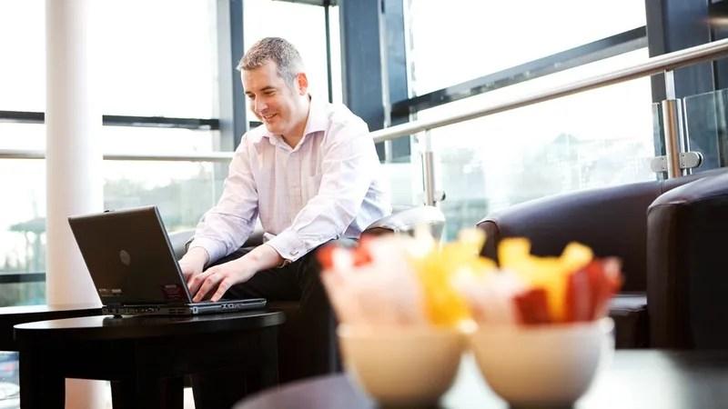 How to Decline a Job Offer Respectfully