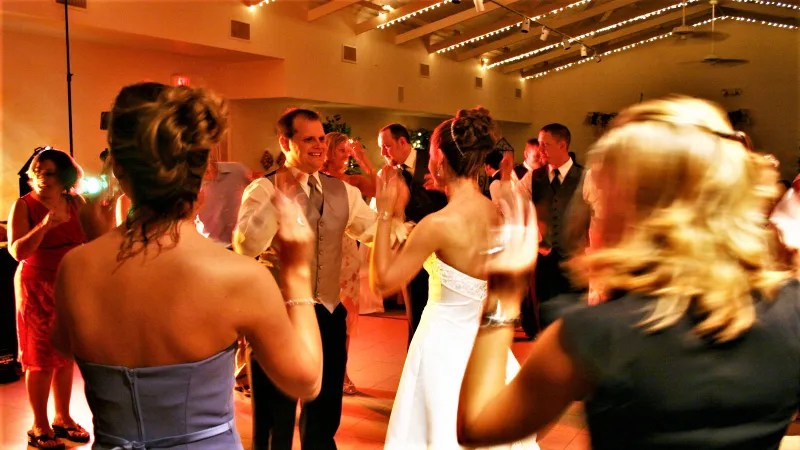 The Annoying Songs You Shouldn\u0027t Play at Your Wedding