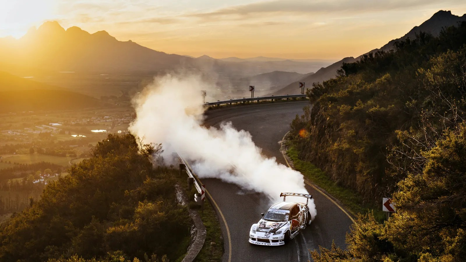 Drift Car Wallpaper Hd Incredible South African Mountain Pass Drift Is Mad Mike S