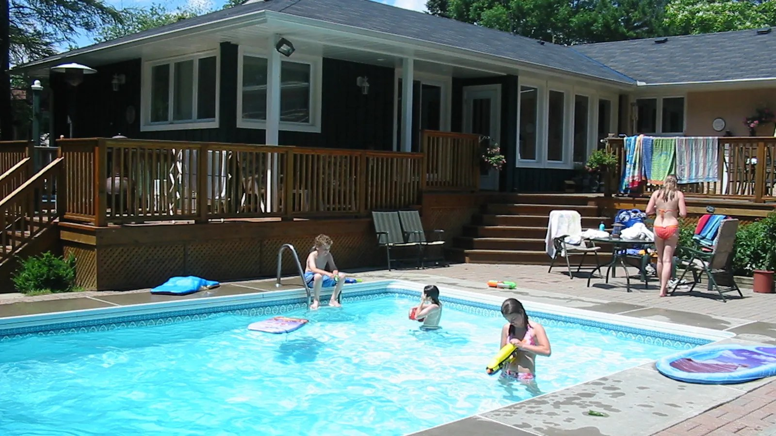 Pool Aus Container Why You Should Think Twice About Buying A Home With A Swimming Pool