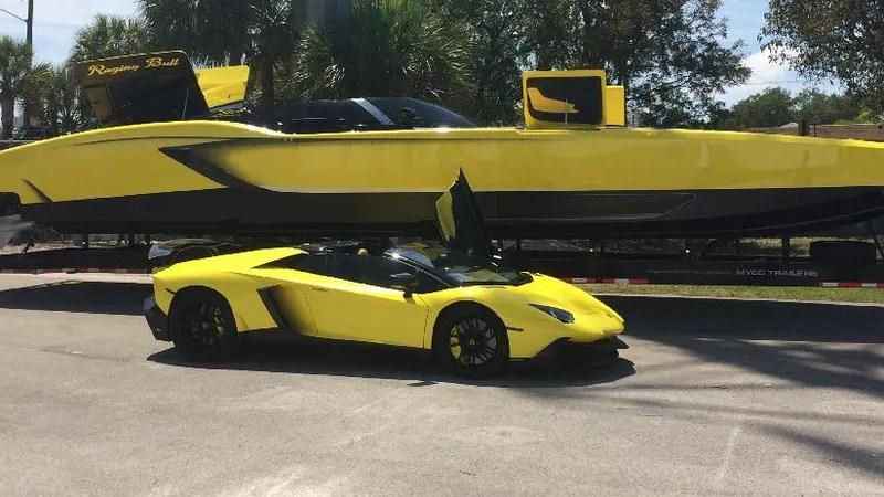Car Racing Flag Wallpaper This Man Built A 1 3 Million Lamborghini Speedboat With
