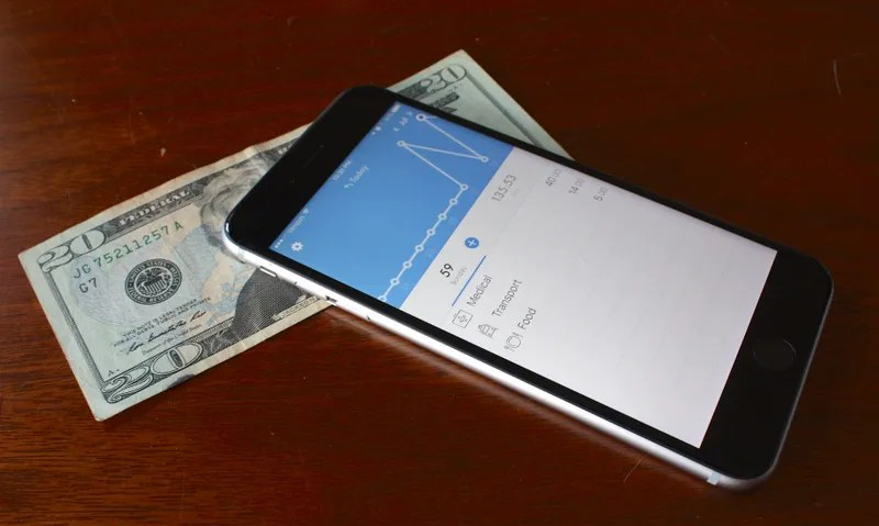 This Is the Best iOS App for Simple Expense Tracking - business expense tracking app