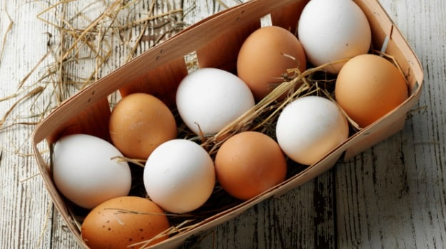 Brown Eggs Vs White Eggs Whats the Difference? - NDTV Food