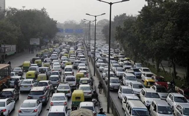 ऑड-ईवन को फिर लाने की तैयारी में दिल्ली सरकार, बैठक आज, दूल्हा-दुल्हन के लिए मांगी छूट