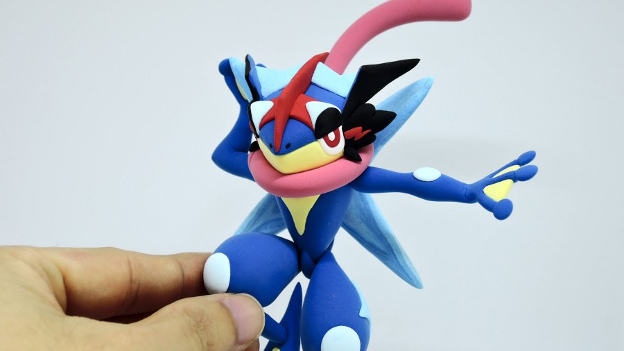 OC CraftI made Ash greninja pokemon with air dry clay (i.redd.it)