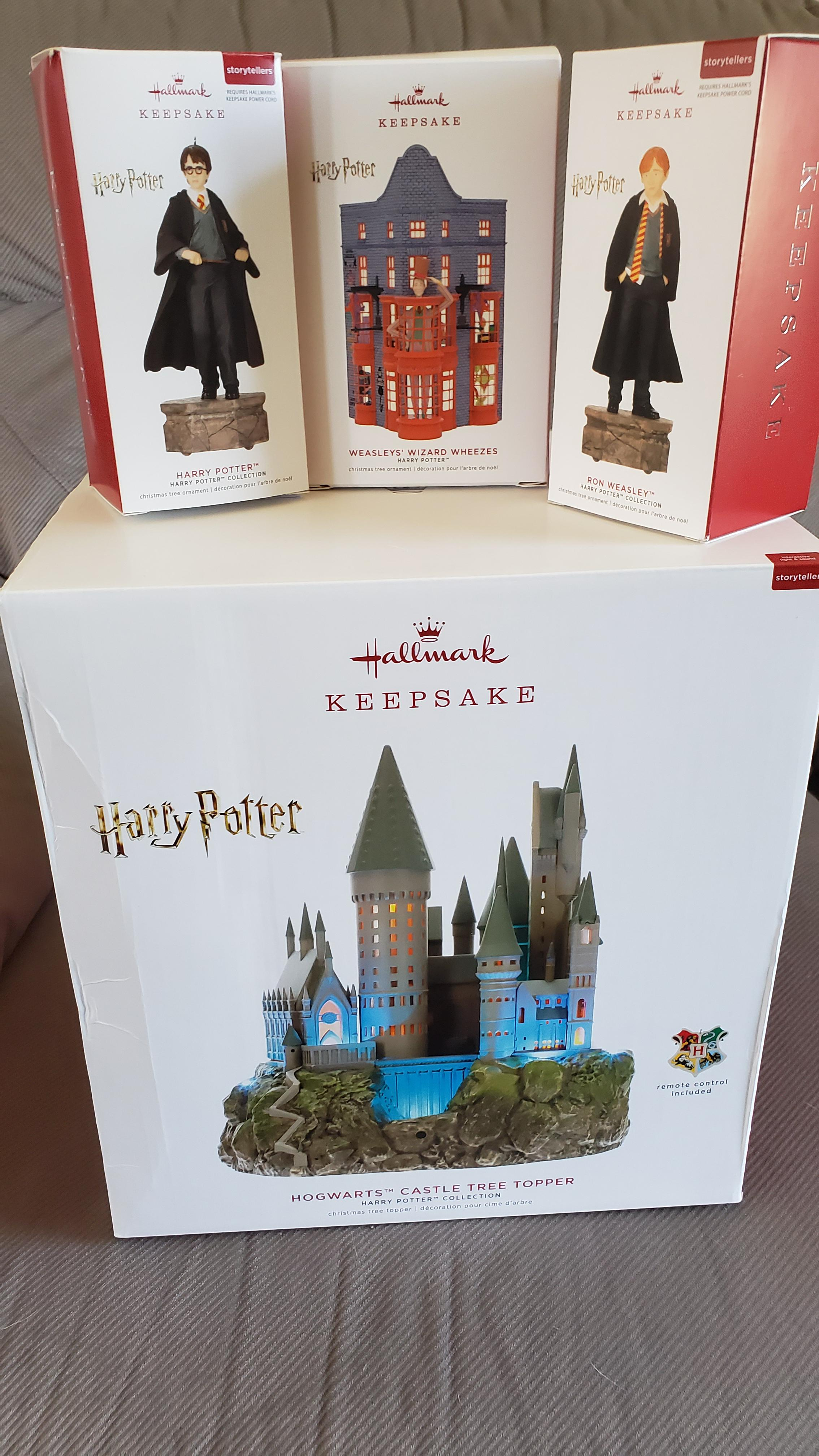 Location Décoration Harry Potter Just Take All My Money Hallmark Will Be Getting The