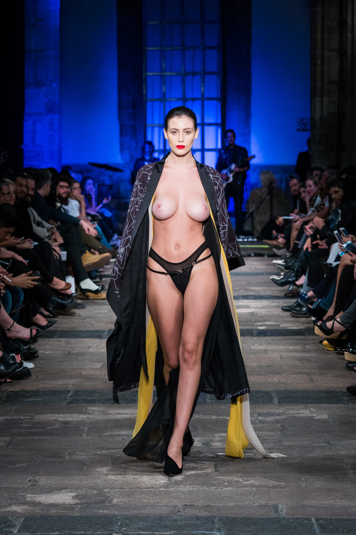 Alejandra Guilmant Topless Alejandra Guilmant Topless On Ramp Celebs