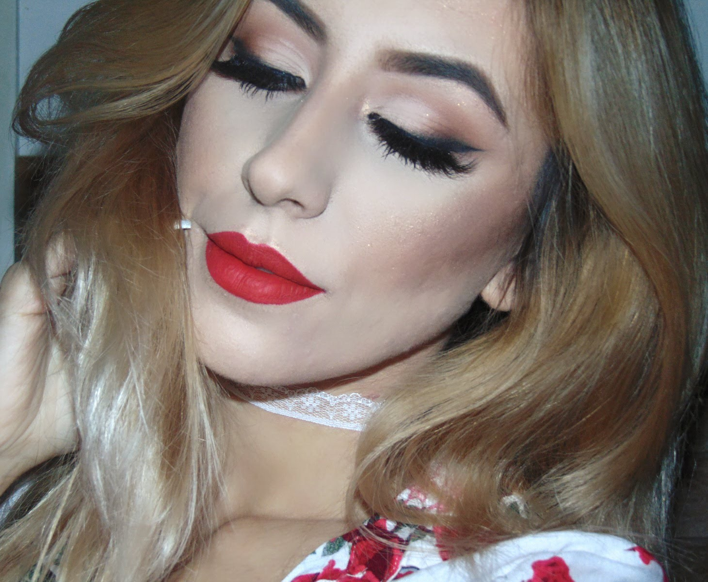 Red Make Up Look Makeup For Red Dress Google Search Cute