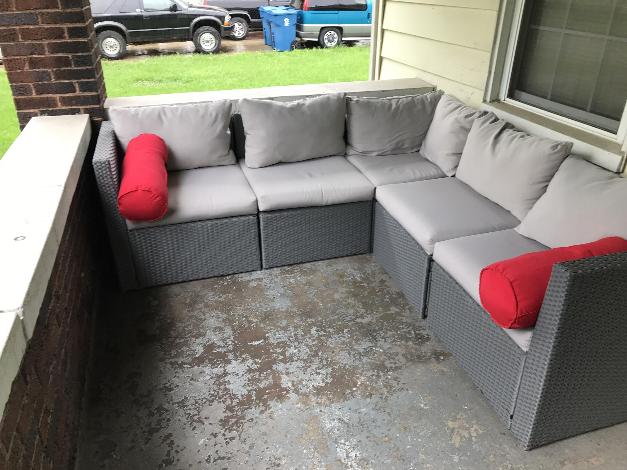 Sofa Couch Reddit The Way My Sofa Fits On My Porch Oddlysatisfying