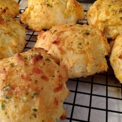 Genuine Cheddar Bay Biscuits From Has Anyone Else Made Love Tocompare Cheddar Bay Biscuits From Has Anyone Else Made Cheddar Bay Biscuit Recipe Abc Cheddar Bay Biscuit Waffles Recipe