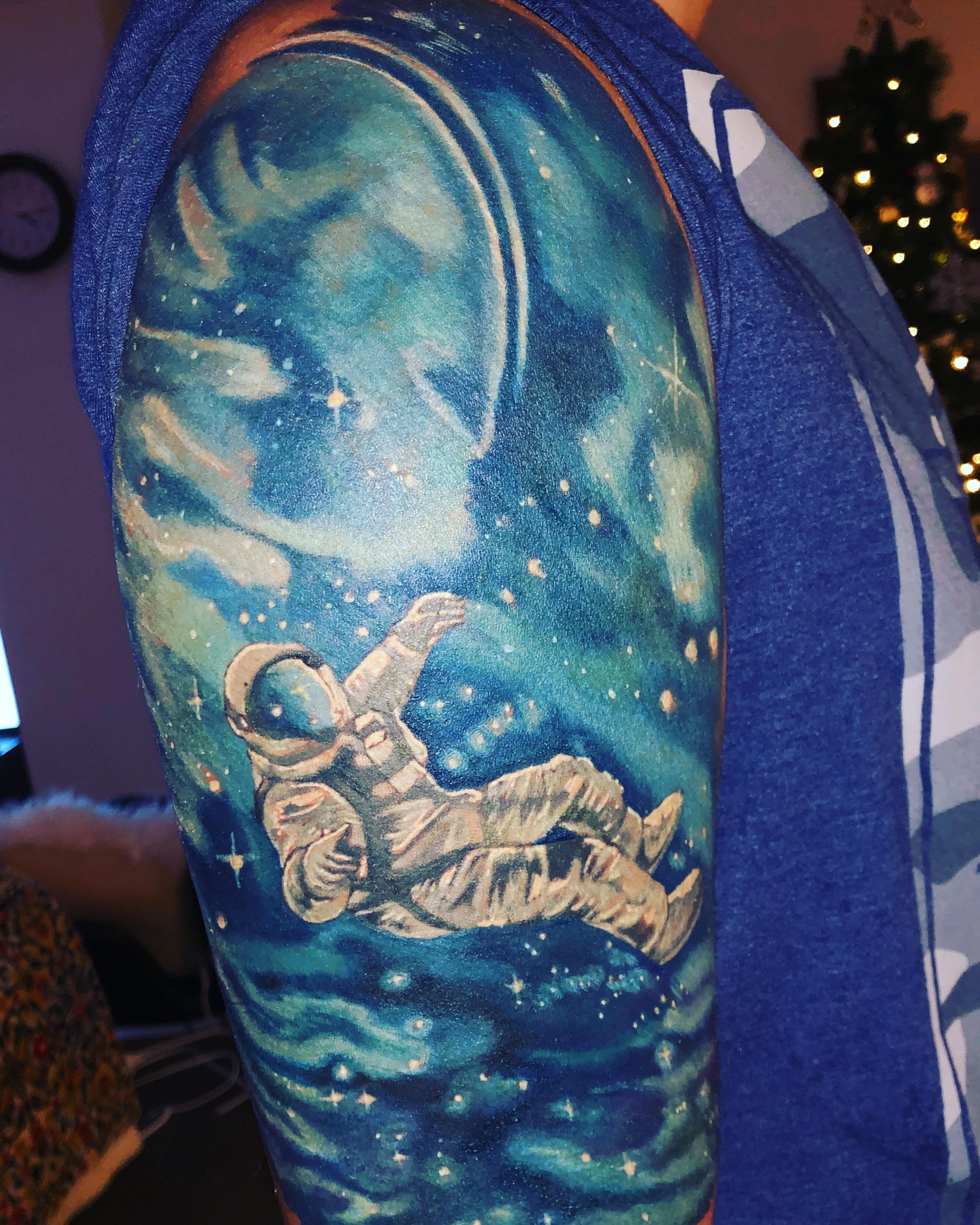 Astronaut Floating In Space Half Sleeve Done Dave S Tattoo Kaiserslautern Tattooantra