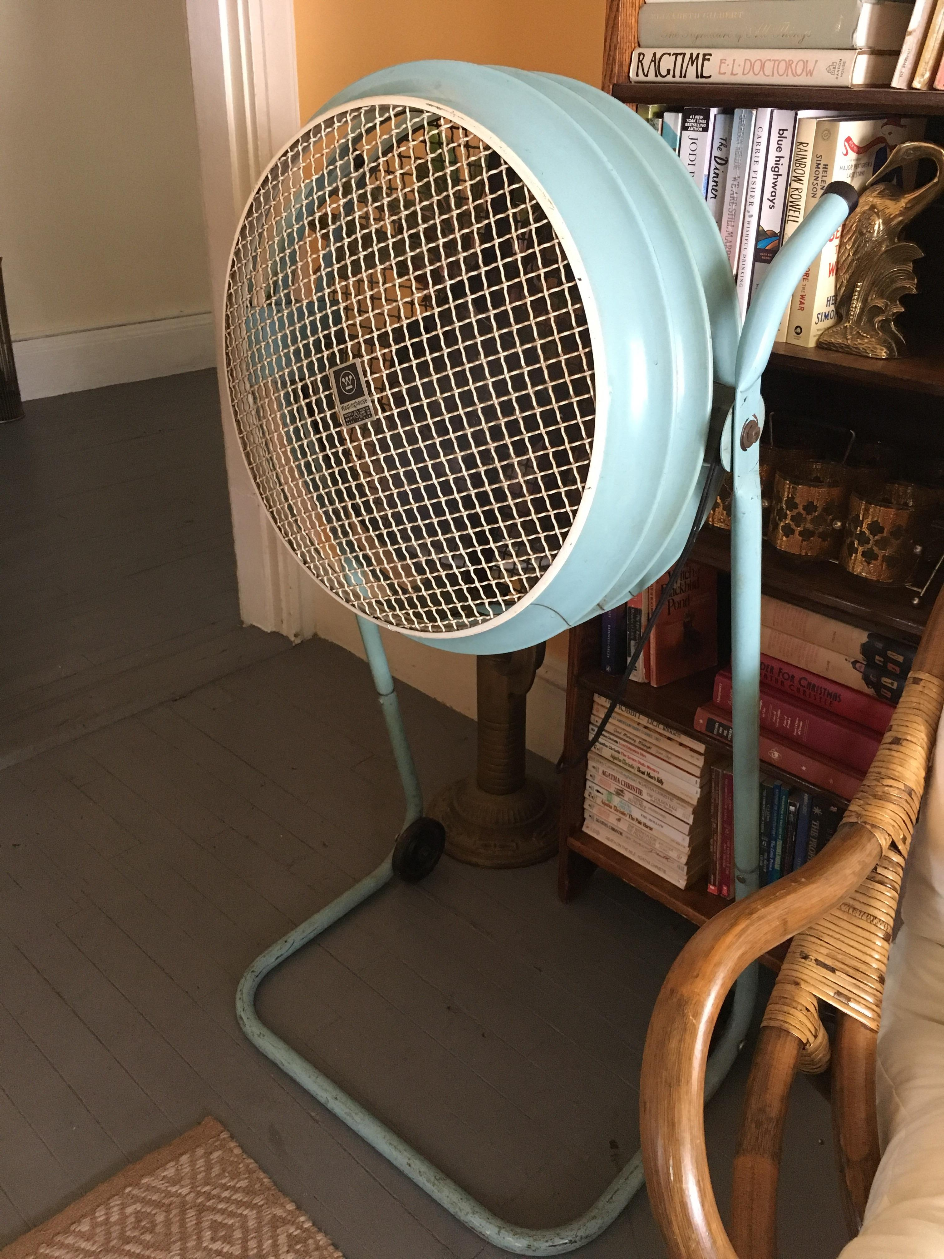 Vintage Looking Fan Got This Sweet Vintage Westinghouse Fan For 20 At Salvi Cool