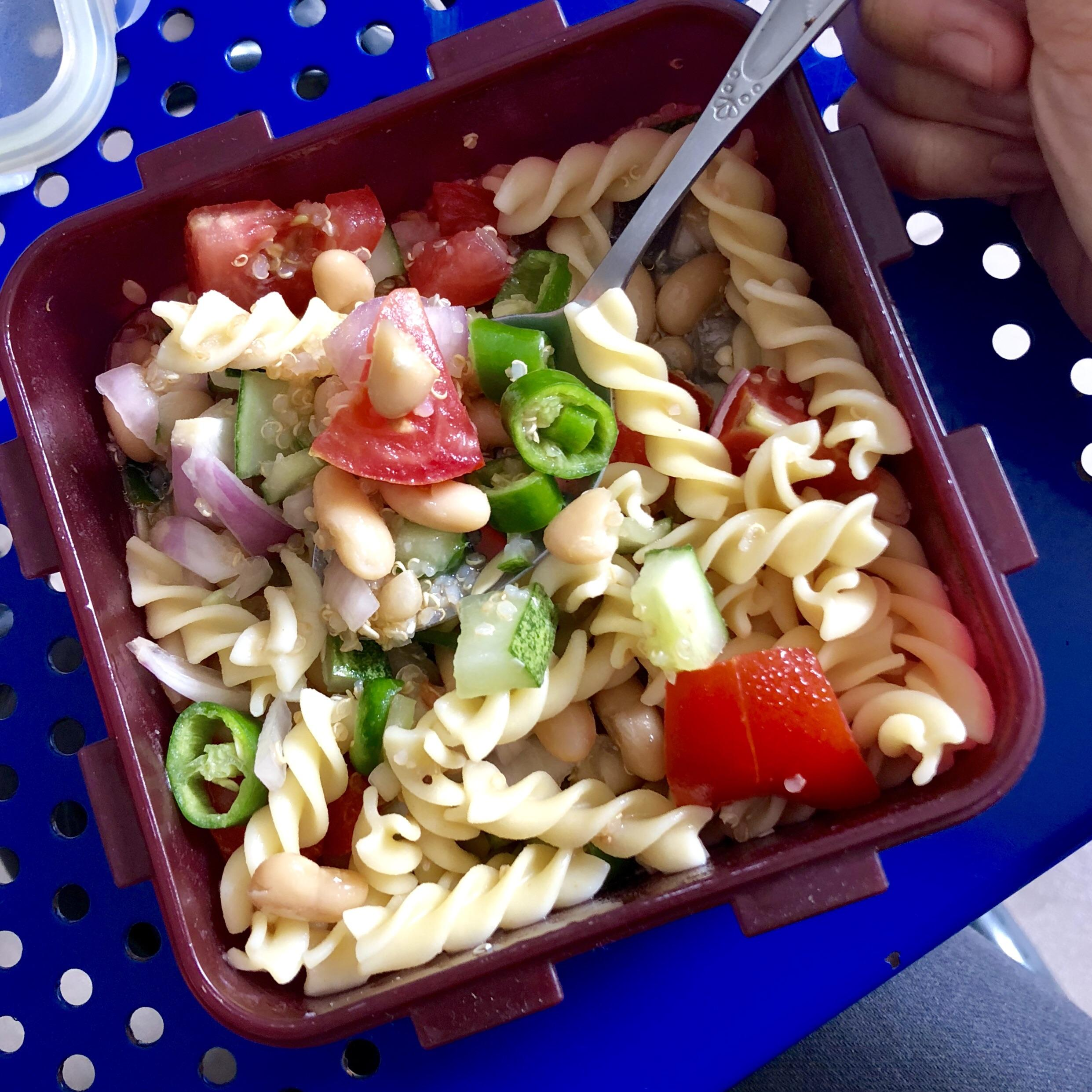 Lunch In A Box My Breakfast Lunch In A Box 430 Calories Of Just Evoo Quinoa