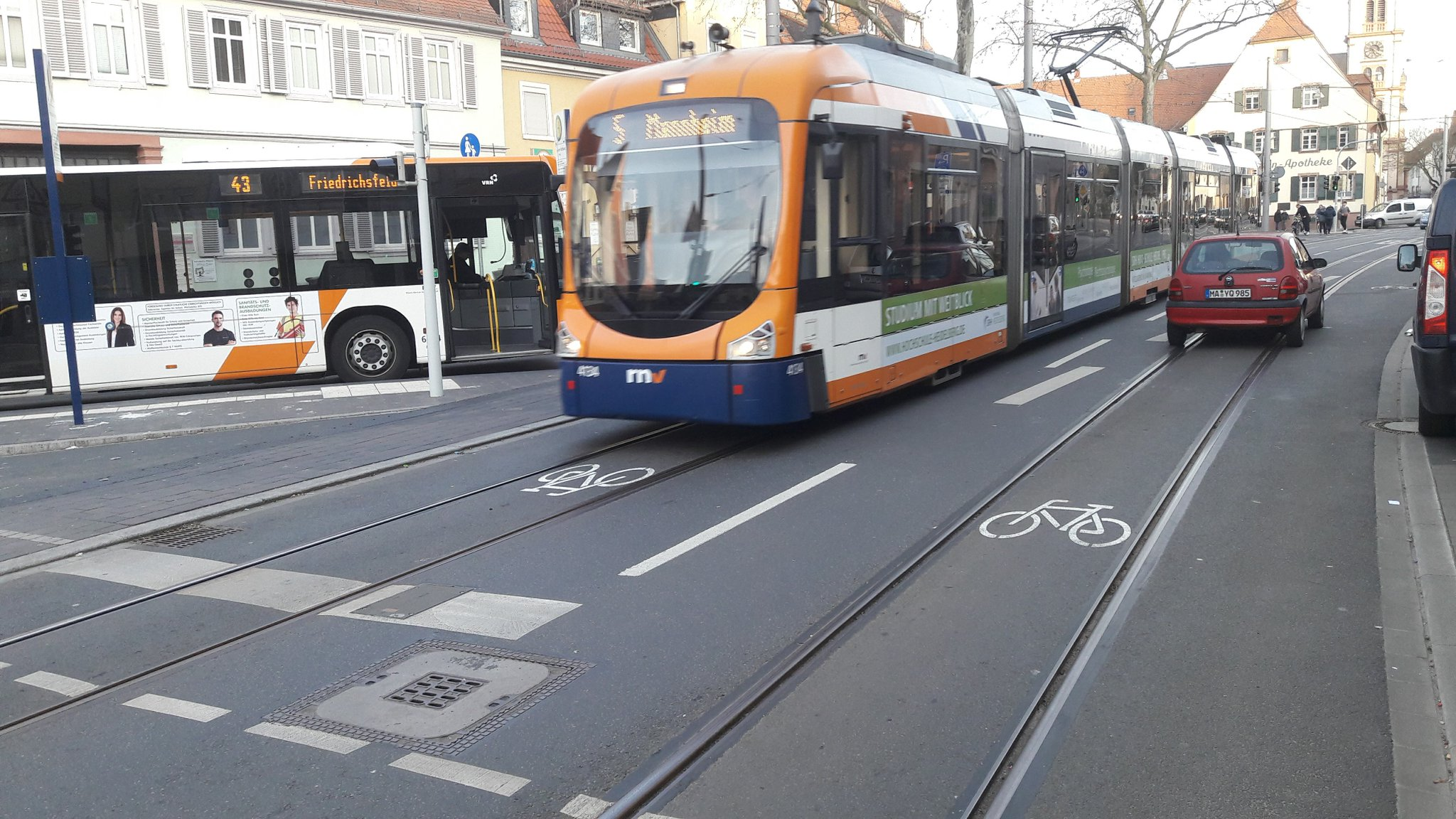 Bus Mannheim Berlin Mannheim In Germany Got New Bike Lanes Yay Bicycling